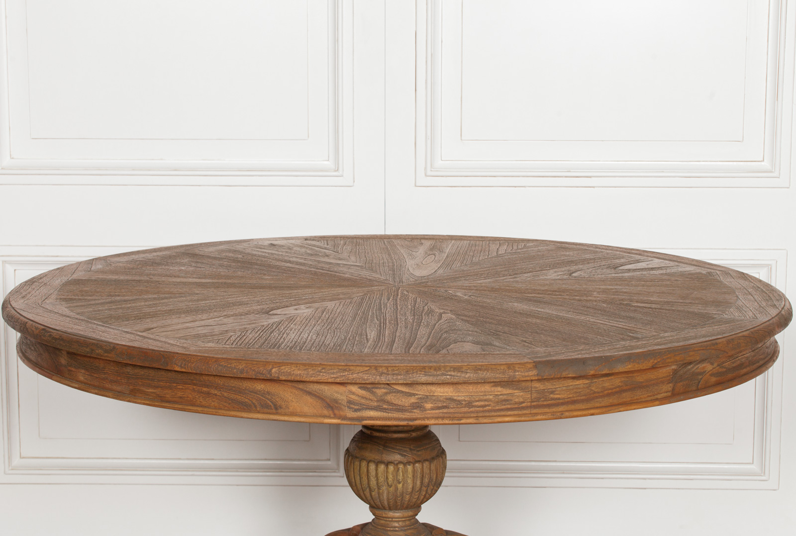Alisanne Rustic Wooden Round Dining Table Furniture La