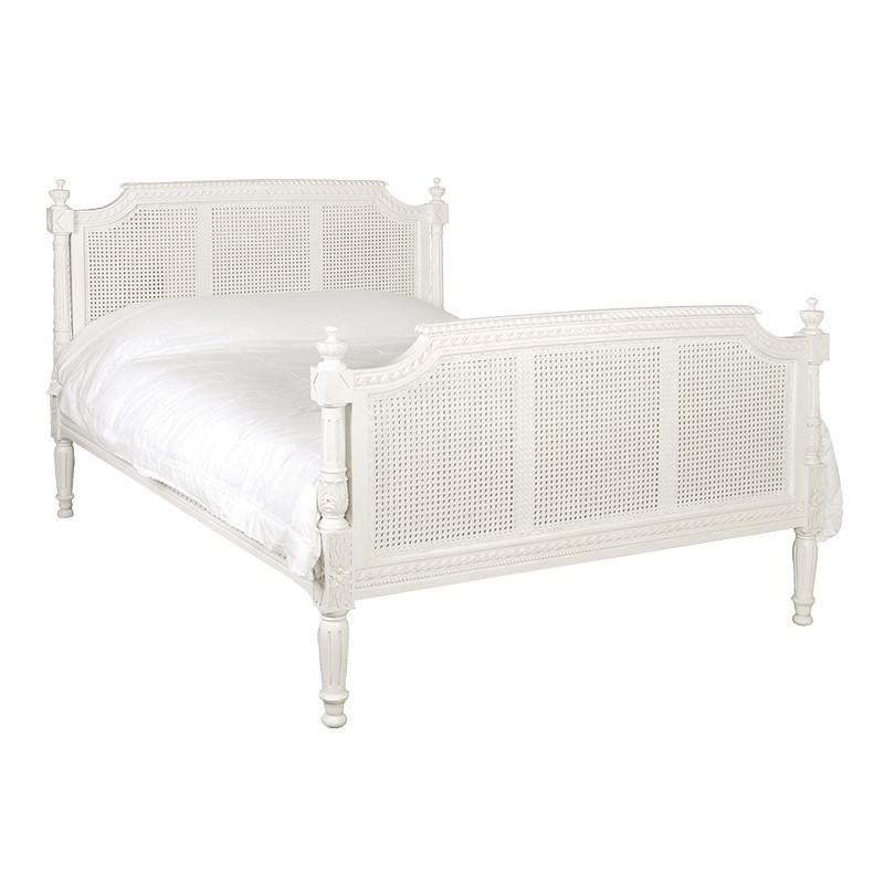 Carved Bed UK