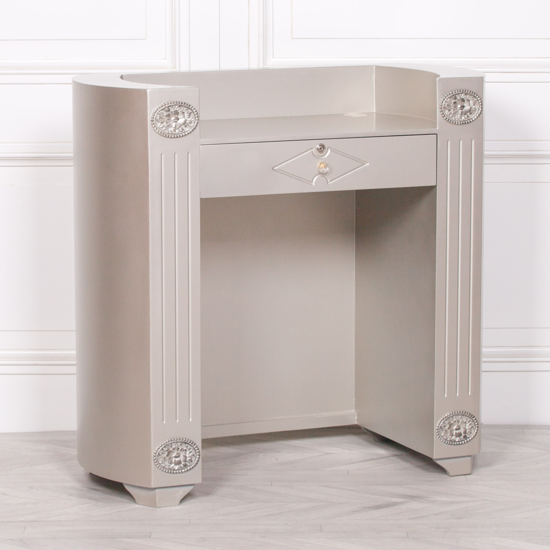 Salon Desk UK
